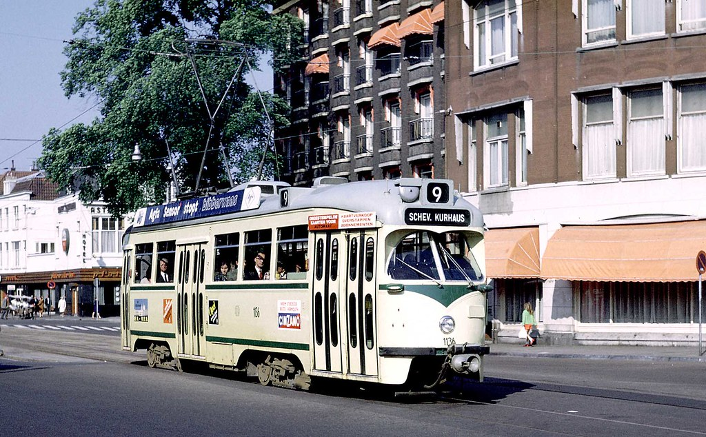 Htm den haag pcc car 1136 on stationsplein route 9 flickr for Auto interieur reinigen den haag