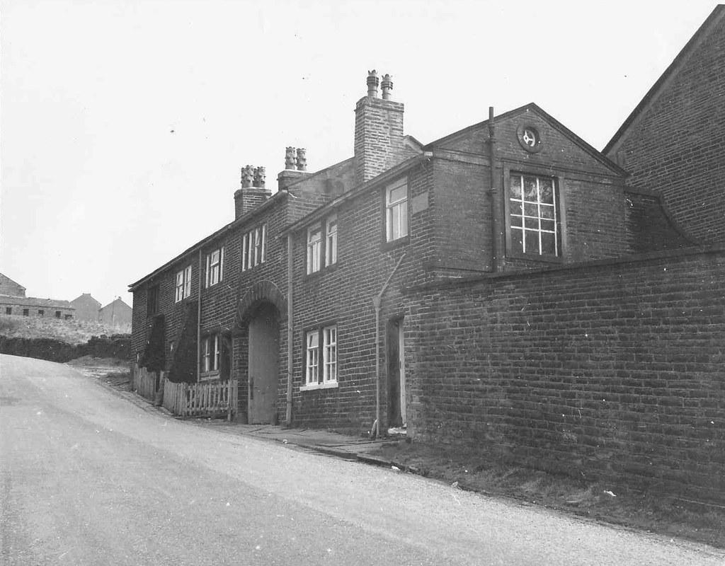 Allerton Old Hall Allerton Hall Cottages Bradford