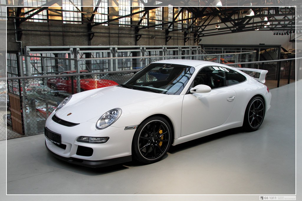 2005 porsche 911 997 gt3 01 the porsche 911 gt3 is a. Black Bedroom Furniture Sets. Home Design Ideas