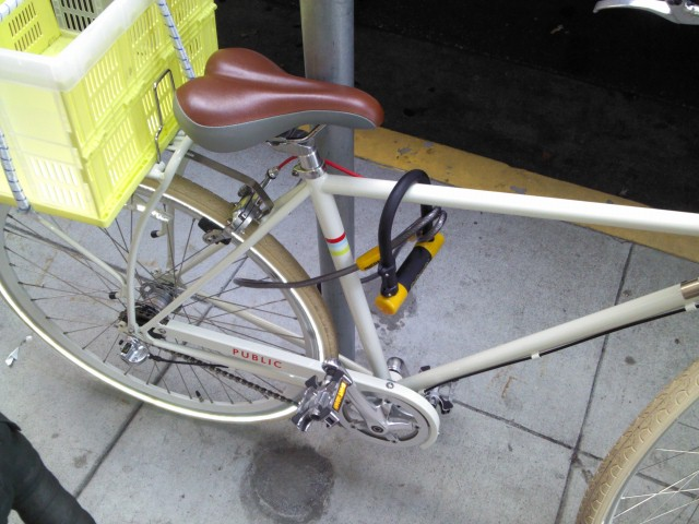 carry u lock use it the woman who owns this bike has sta flickr. Black Bedroom Furniture Sets. Home Design Ideas