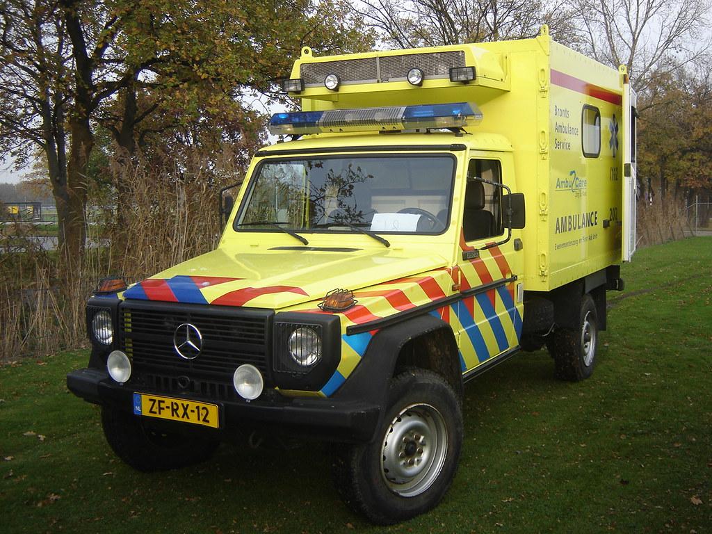 1998 mercedes benz g klasse ambulance harry nl flickr for Mercedes benz nl