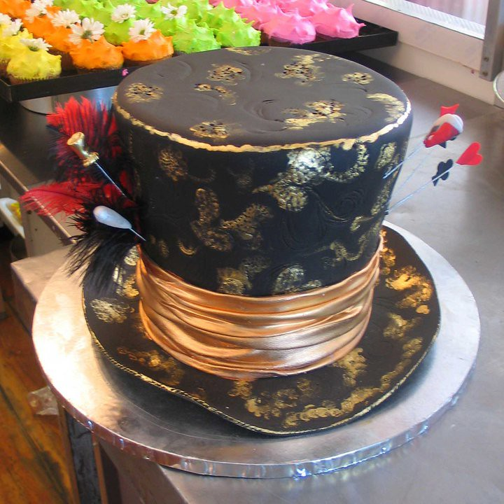 3d Top Hat Mad Hatters Shaped Cake With Bronze Ribbon Flickr