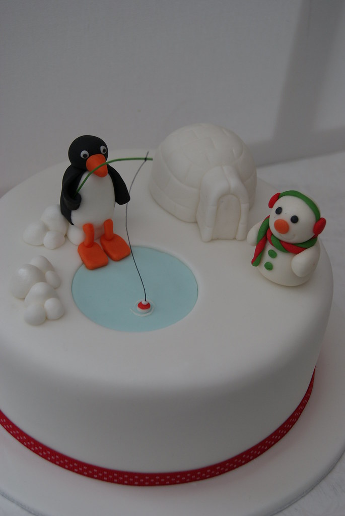 Pingu Christmas Cake For My Mum 8 Quot Rich Fruit Cake