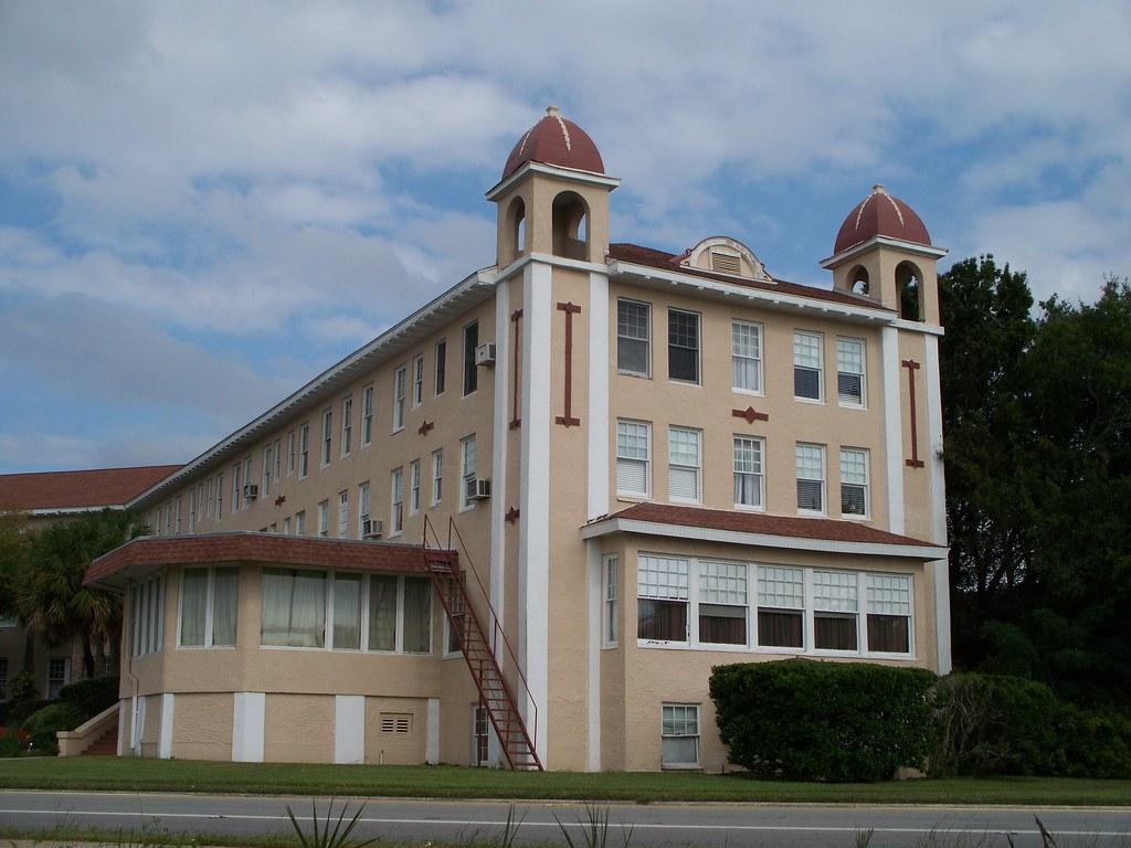 1916 haunted kenilworth lodge sebring florida - White oak swimming pool opening times ...