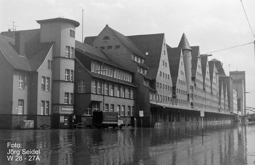 d 50678 k ln rheinauhafen hochwasser im juni 1983 k ln rhe flickr. Black Bedroom Furniture Sets. Home Design Ideas