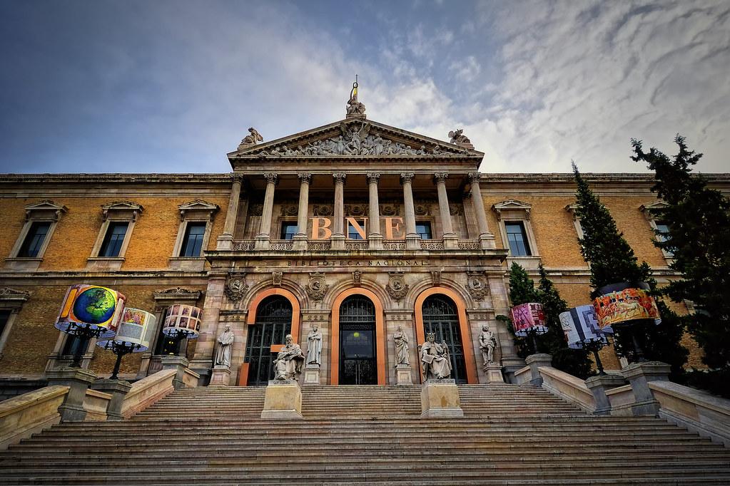 Biblioteca nacional de espa a tricentenario madrid flickr for Biblioteca iglesia madrid