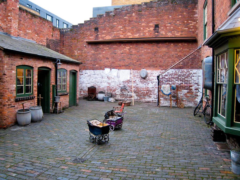 Back To Back Houses : Birmingham back to backs court the