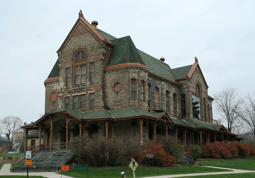 Grand Foyer And Rear Of Auditorium Of Allen Place In Montreal : Ward memorial hall was built on the