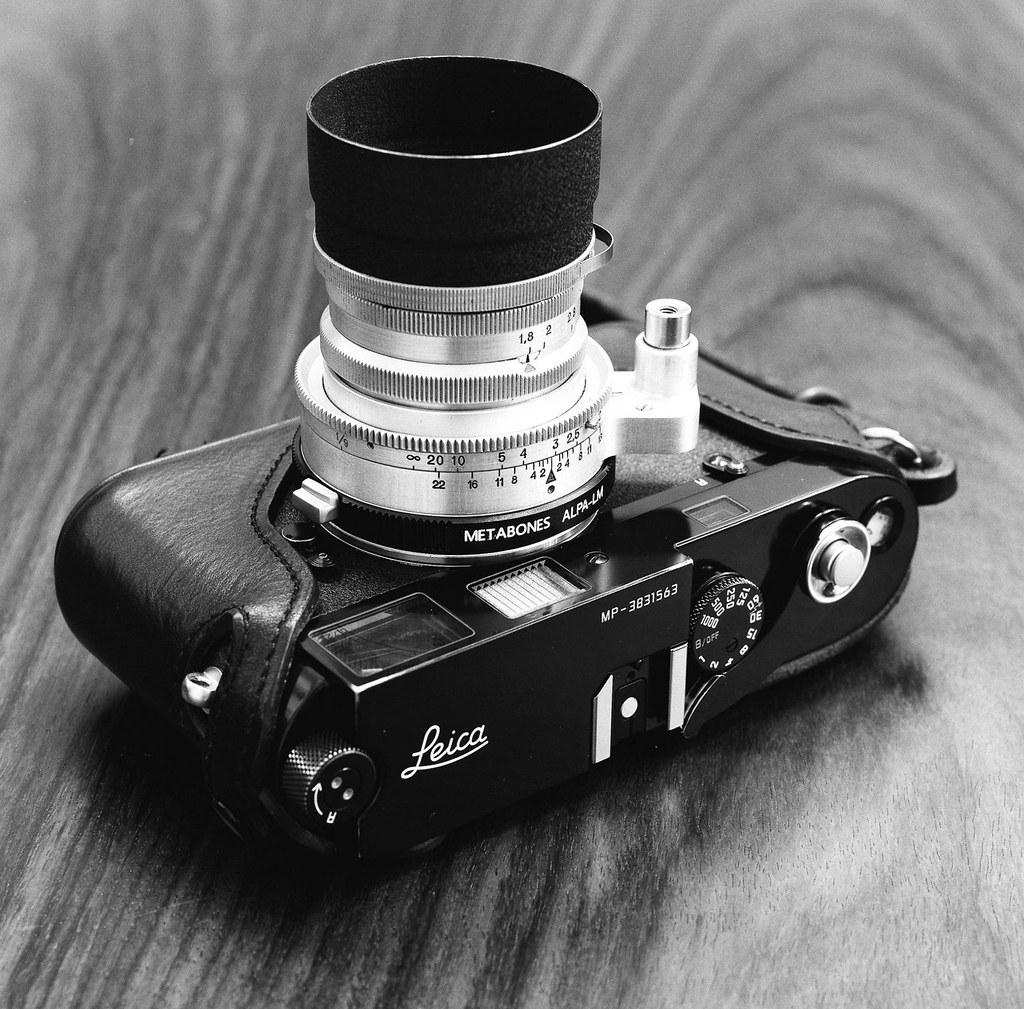 Leica MP & Kern Aarau Switar 50/1.8   Hasselblad 503CXi ...