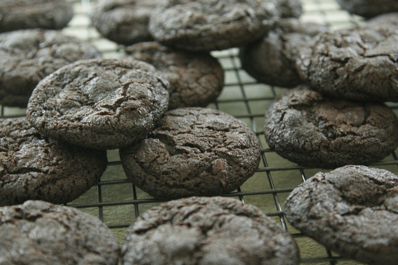 Chocolate Cookies with Cocoa Nibs and Lime | tehomnivore.wor ...