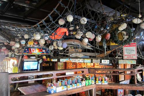 Le Saloon Restaurant  Place Vabre  Sauve