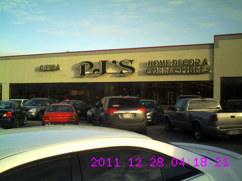 pj s collectibles now tuesday morning green bay plaza flickr