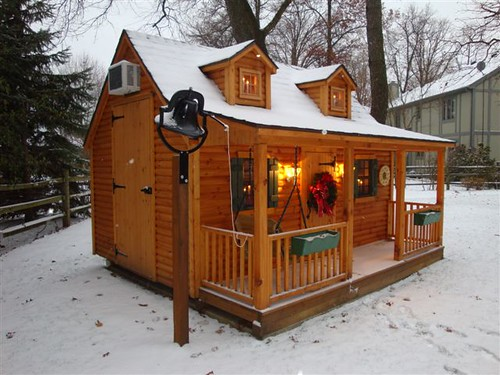 Pine log cabin playhouse in winter unwrap hours of for Kids cabin playhouse