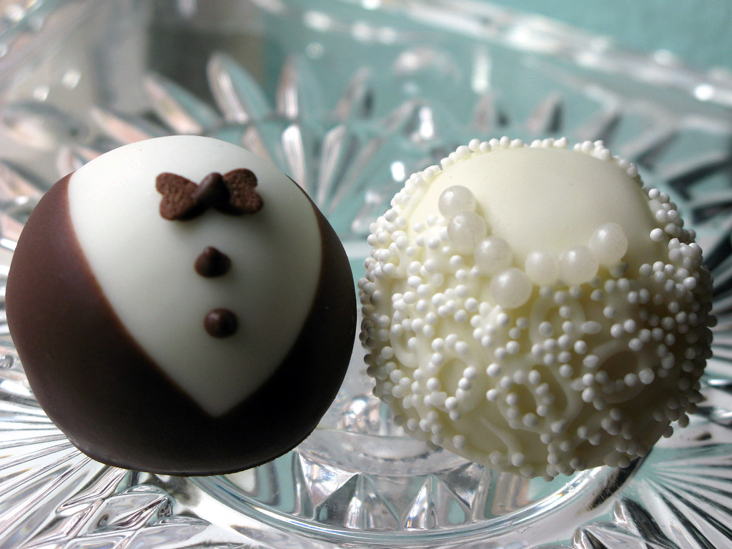 Wedding Cake Balls | Elegant little bride and groom cake bal ...