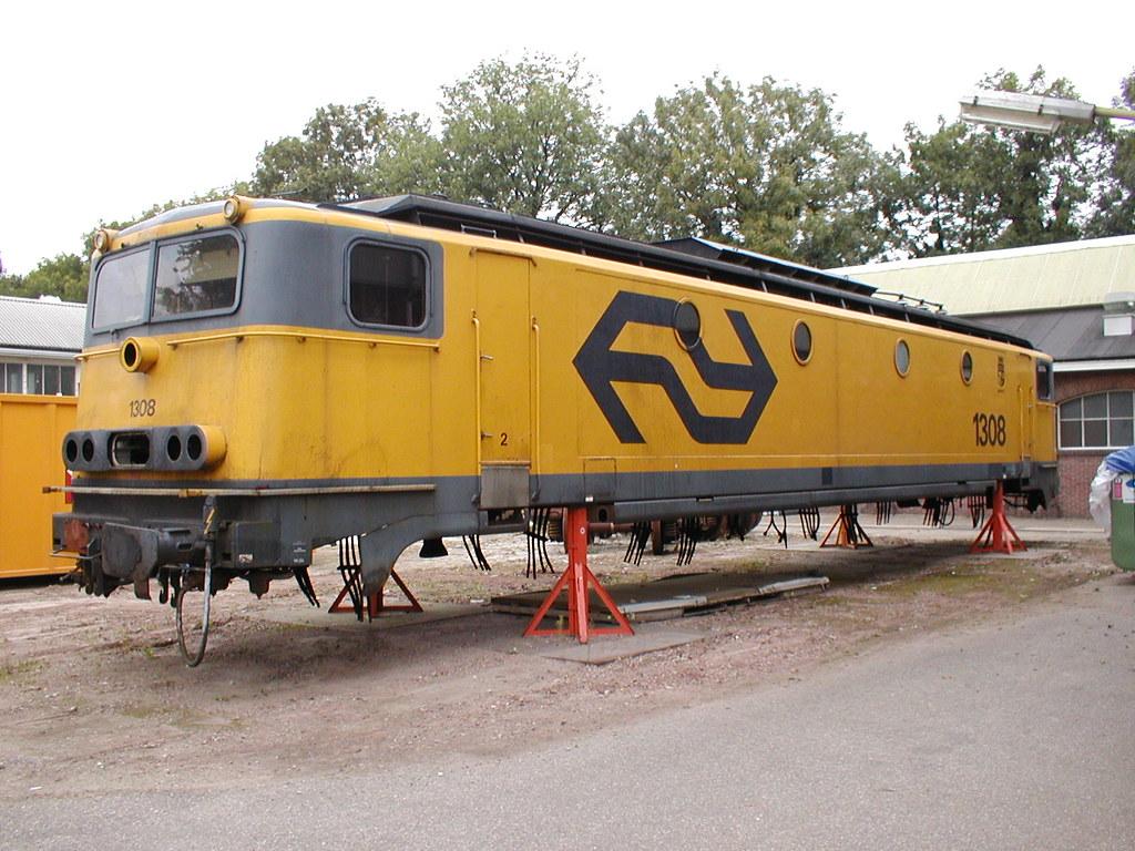 E Loc 1308Nedtrain Tilburg 12 10 2002