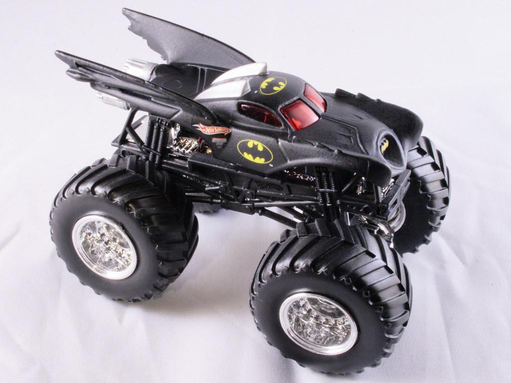 Batman Monster Truck A Hot Wheels Monster Jam 2007