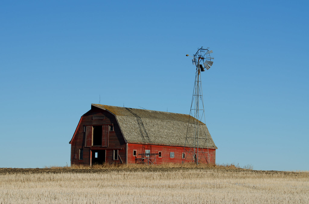 Old Prairie Barn | The windmill of this charming old barn ... - photo#40
