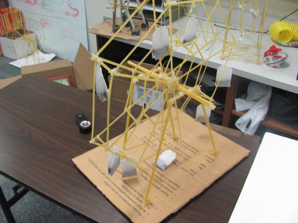 how to build pasta ferris wheel