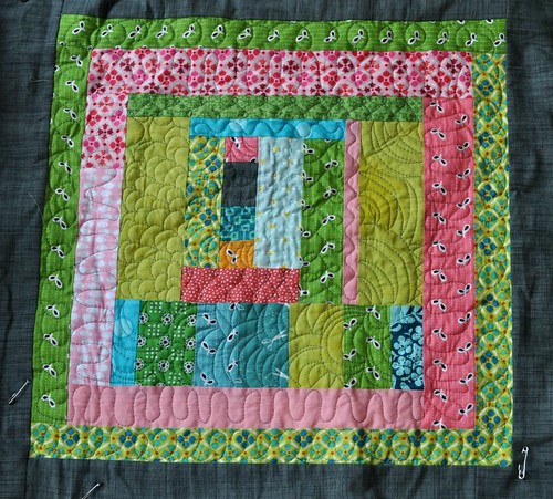 king size quilt, block 3 quilted | by vickivictoria