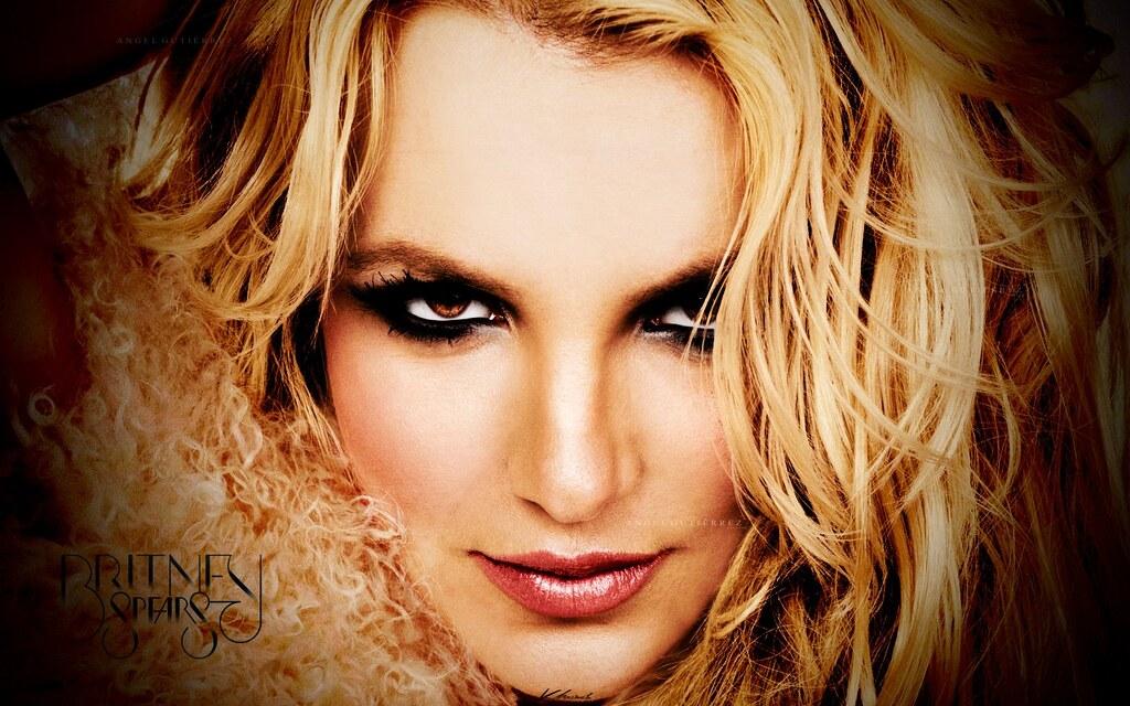 Britney Spears - Femme Fatale Wallpaper 3  Este Es Un -2717
