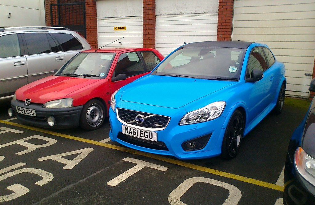 Volvo C30 R Design Polestar Performance Blue Peugeot 106