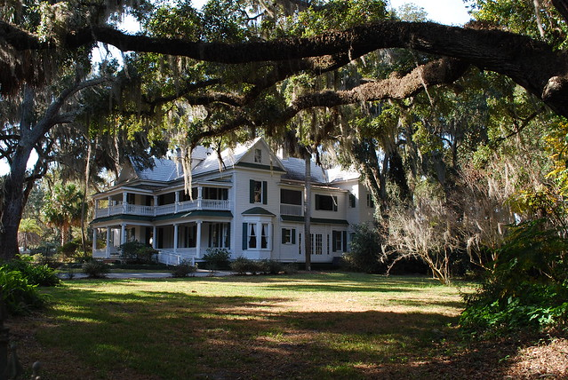 Old plantation home explore flickr photo sharing for Old plantation homes for sale cheap