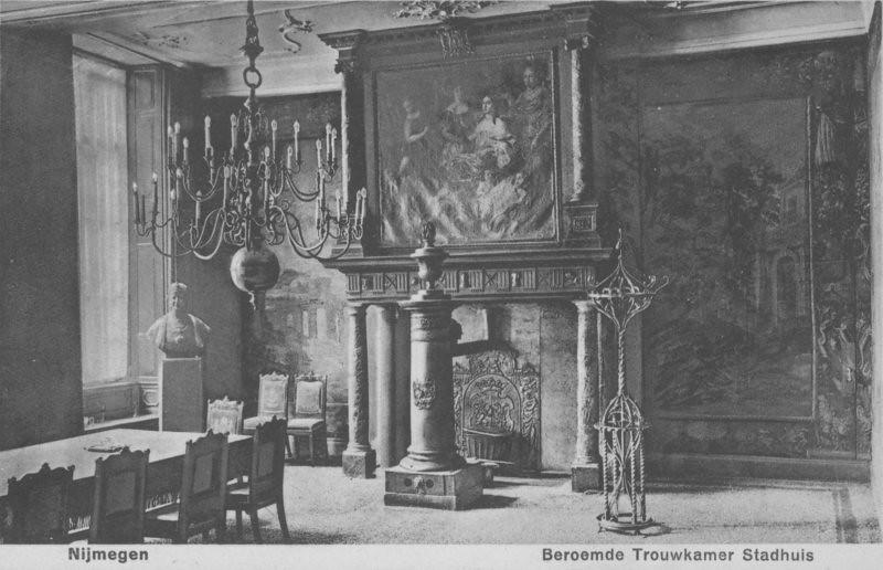 Het interieur in de vergaderzaal van burgemeester wethou flickr - Whirlpool van het interieur ...