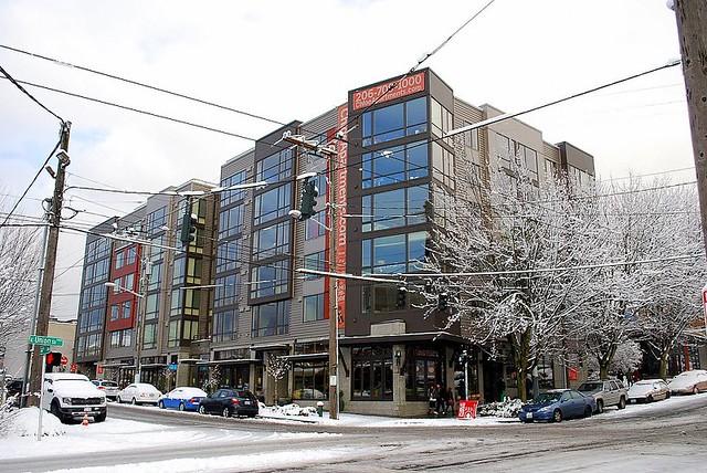 Snowy Chloe Apartments Seattle Wa Flickr Photo Sharing