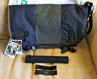Timbuk2 Laptop Messenger - Contents | by e24mpwr