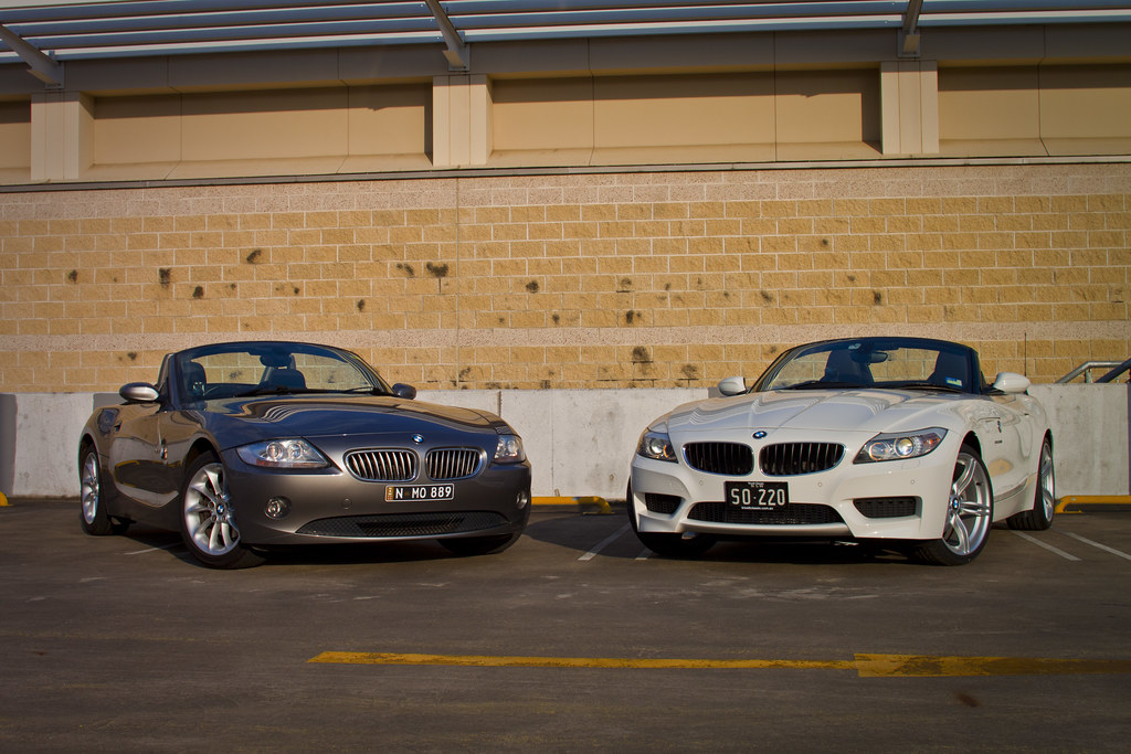 Bmw Z4 My 2005 E85 3 0 And My Dads 2012 E89 Sdrive20i