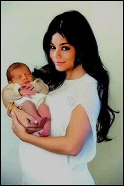 Alles Was Zählt Vanessa Baby