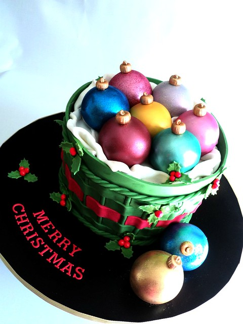 MERRY CHRISTMAS EVERYONE!!! - Bauble Cake Flickr - Photo ...