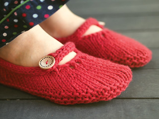 Not-so-tiny slippers | by ysolda teague