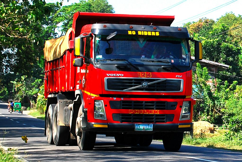 Philex Volvo FM370 | Truck Operator: Philex Mining Corporati… | Flickr