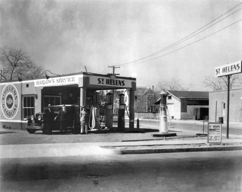 Harlow S Service Station Anaheim 1930s Located At 401 S