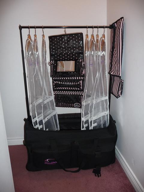 Dream Duffel Amp Rac N Roll Cosmetic Bag Amp Hanging Mirror