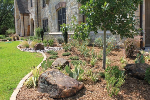 Custom landscape design dallas for Custom landscape design