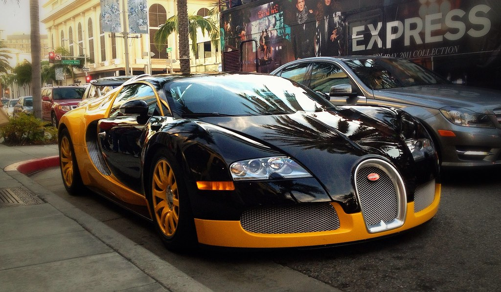 yellow and black bugatti veyron on rodeo drive in beverly flickr. Black Bedroom Furniture Sets. Home Design Ideas
