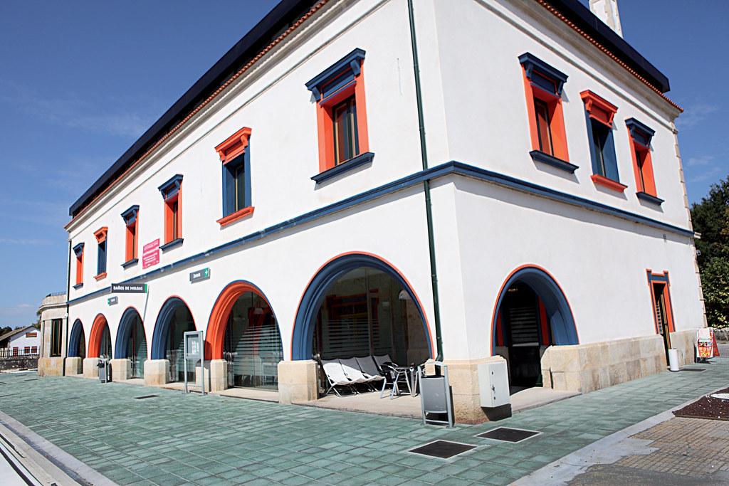 Museo m borrajo estaci n ff cc ba os de molgas turgalicia turismo galicia flickr - Banos de molgas ...