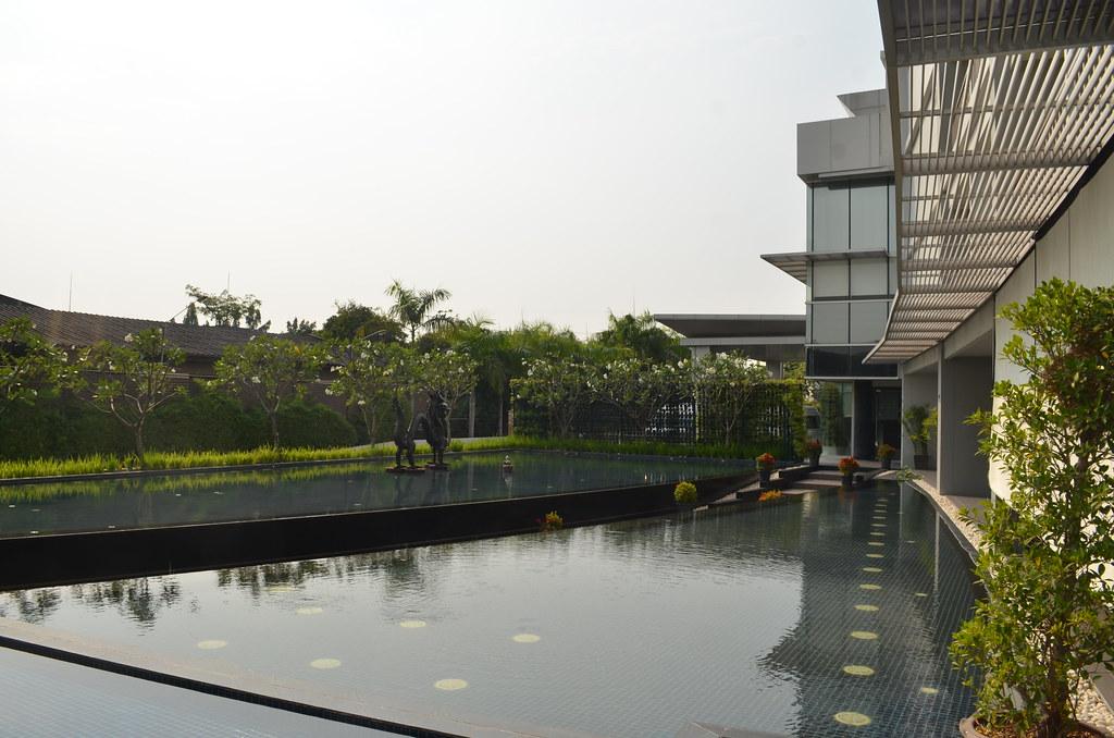 Bangkok Airport Hotel Day Room