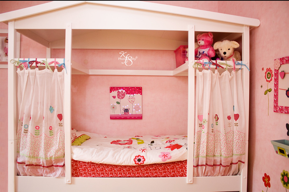 Her new cabane bed she got a brand new bedroom for 8 year old room decor ideas