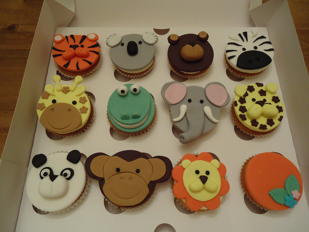 Fondant Jungle Animal Cupcake Toppers | fondant_cakes | Flickr