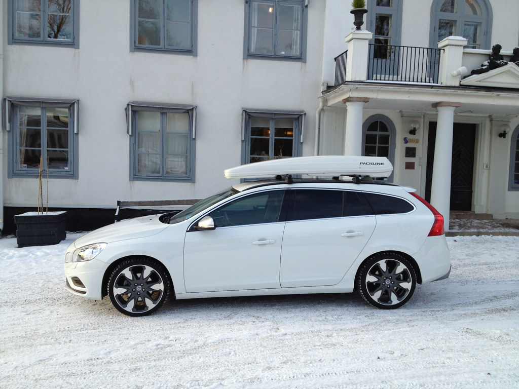 Volvo V60 White Fx Suv Packline Flickr