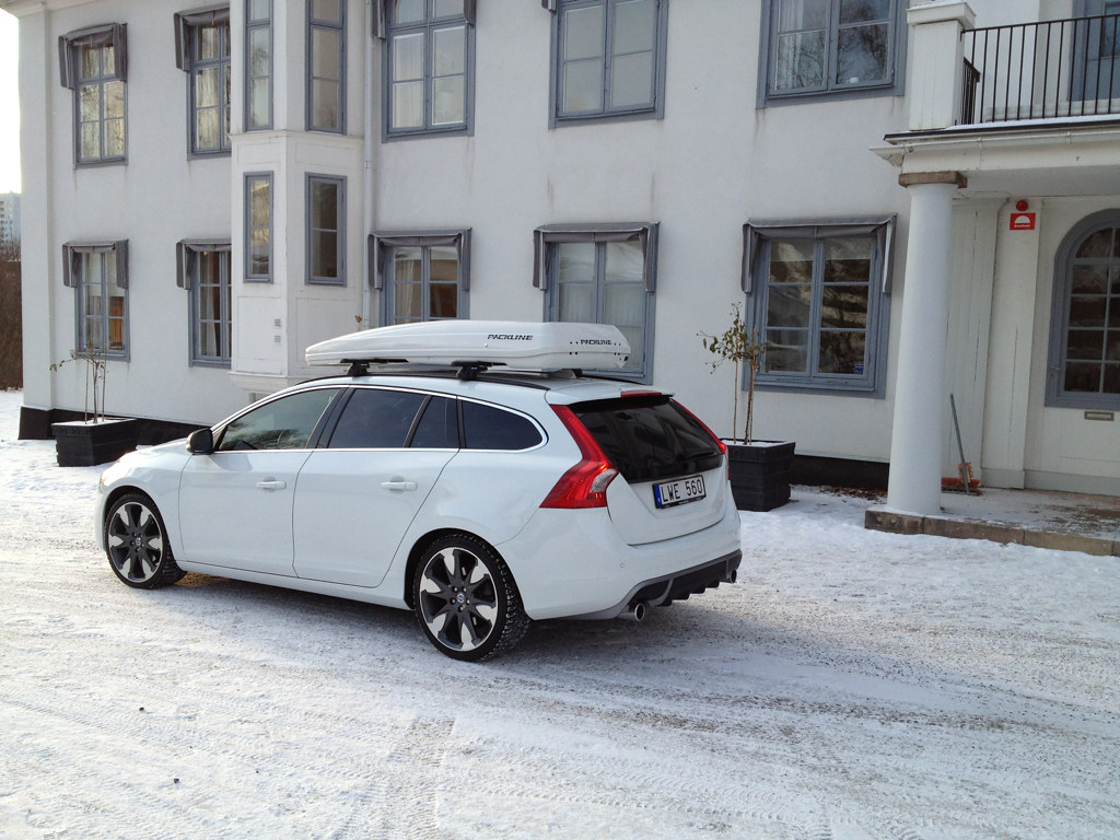 Volvo V60 White Fx Suv Packline Flickr