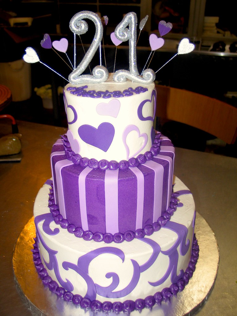 Purple Wedding Cakes Images