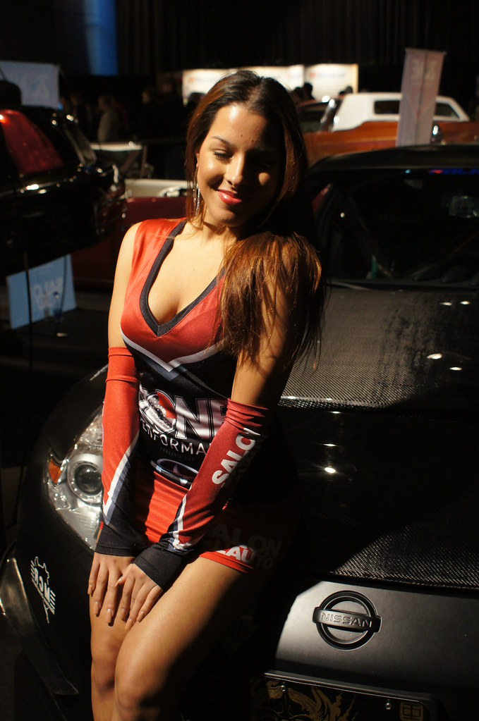 Performance zone girls montreal auto show salon de l 39 aut - Salon auto de montreal ...
