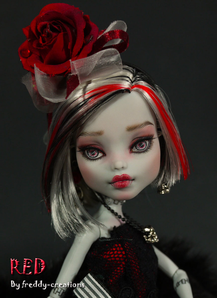 RED An OOAK Monster High Valentine Special SOLD Flickr