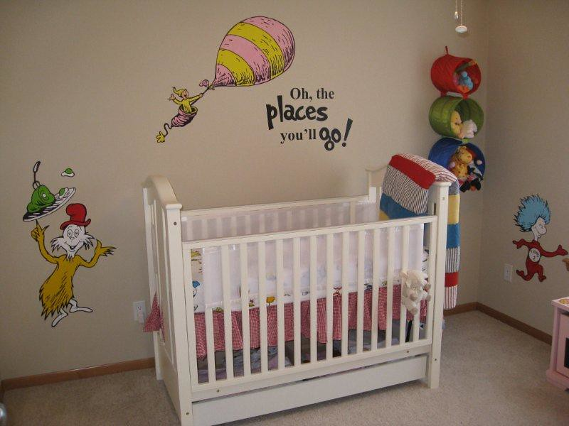 Dr seuss dr suess theme wallpaper wall paper art sticker for Dr seuss nursery mural