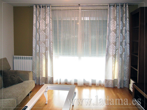 Decoraci n para salones cl sicos cortinas con dobles for Ver cortinas para salon