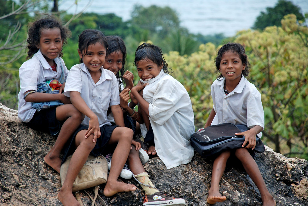 School Girls In Lospalos  School Girls In Lospalos, Timor -3402